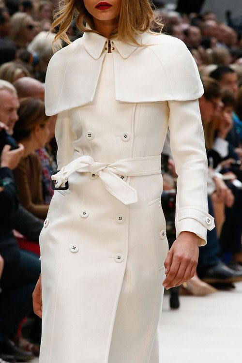 Burberry SS13: Spring2013, White Coats, Winter White, Prorsum Spring, Spring Summer, Fall Inspiration, Burberry Prorsum, Spring 2013, Winter Coats