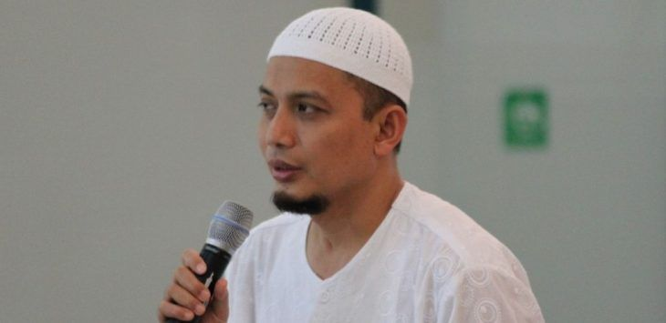 "Awas Fitnah, Ust. Arifin Ilham tidak menolak Demo 212 Bahkan jelaskan hukumnya ""Sunnah"". Jangan mau digembosi"