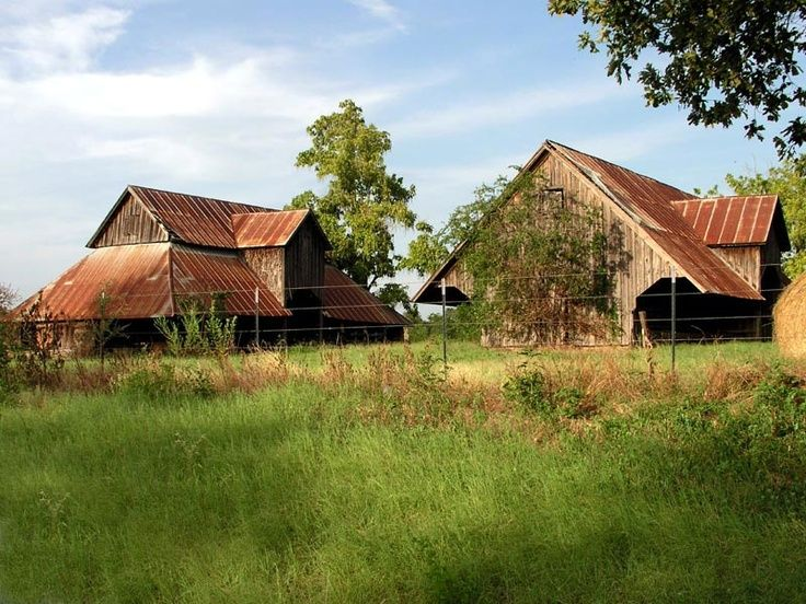 Unique Pictures Of Old Barns and Houses