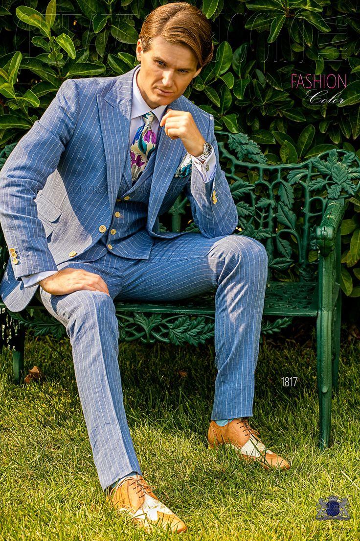 Italienisch hellblau gestreifter Leinen Hochzeitsanzug mit steigendes Revers, 2 Corozo-Knöpfe, Ticket Pocket und Seitenschlitze. 100% Leinen Stoff. Hochzeitsanzug 1817 Kollektion Fashion Color Ottavio Nuccio Gala.