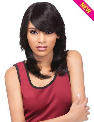 Perruque Juliana haut de gamme 100% Remi Human Hair et 100% Virgin Remi Human Hair. Mèches mi-longues, douces, soyeuses et légèrement ondulées. La frange sur le côté donne style et caractère à votre coiffure. Présentée et disponible en Noir (1B).