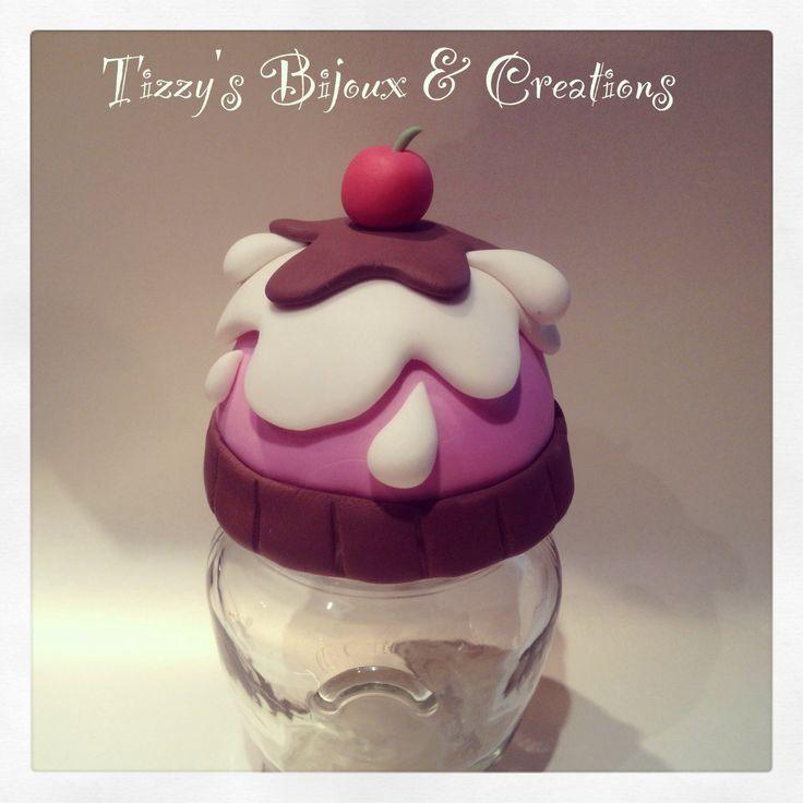 Barattolo decorato con pasta di mais! Frasco decorado con porcelana fría! Cold porcelain decorated jar!