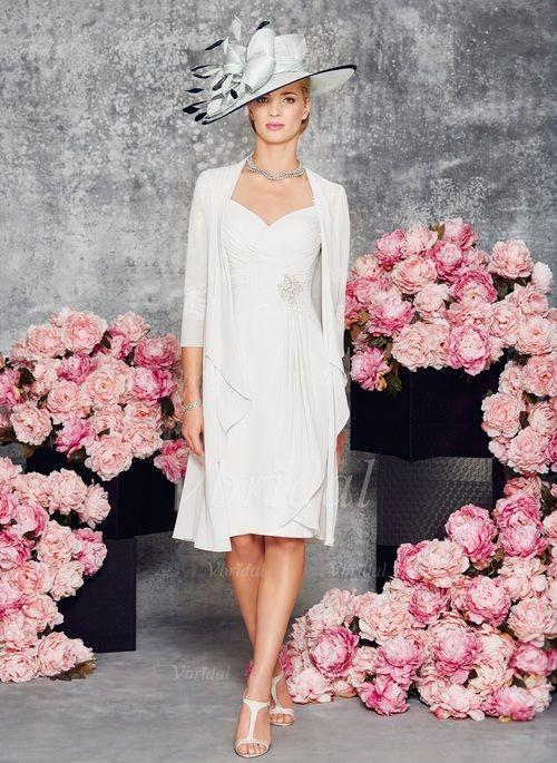 Robes de mère de la mariée - $123.66 - Forme Fourreau Col V Au niveau du genou Mousseline de soie dentelle Robe de mère de la mariée avec Plissé Motifs appliqués Dentelle Robe à volants (0085097337)
