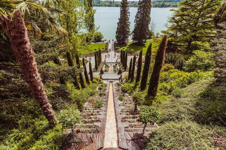It isn't Westeros but a lovely place in Germany - Bodensee auf der Blumeninsel Mainau