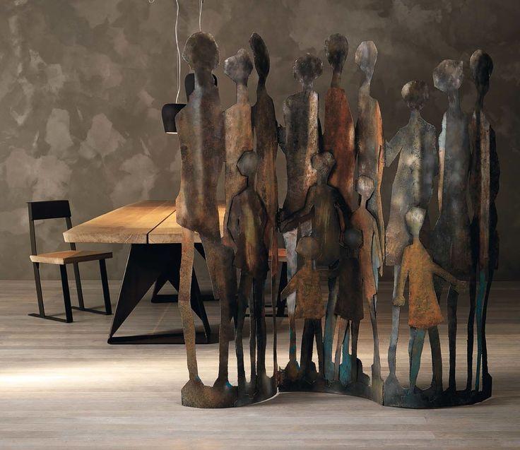 THE FAMILY - Paravento decorativo in ferro. THE FAMILY - Decorative iron screen.