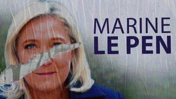 Unter ihrer Führung hat der Front National seine traditionellen geographischen Grenzen überwunden: Marine Le Pen  http://www.faz.net/aktuell/politik/ausland/europa/der-front-national-spaltet-frankreich-politisch-13962943.html
