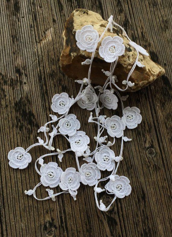White Crochet Necklace--for idea