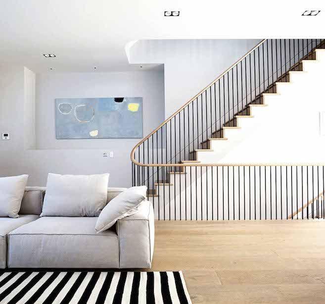 Best This Gorgeous London Townhouse Embodies Minimalist Swank 640 x 480
