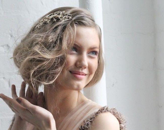 Bellezza: faux bob, il finto taglio caschetto da sfruttare per cambiare look in pochi minuti: ecco la nuova tendenza moda capelli 2017!