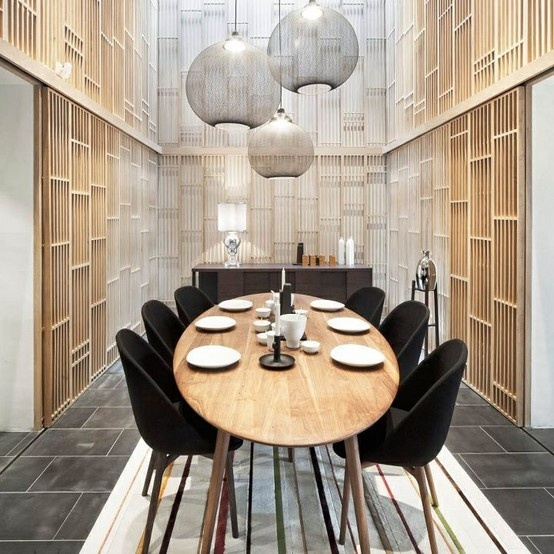 Een ovale tafel zou ook wel gaaf zijn! Maar is het praktisch en strategisch qua ruimte?