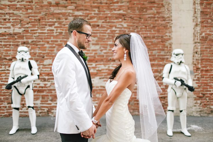 The couple had stormtrooper escorts from the 501st Legion to greet guests upon their arrival | Cacá Santoro Photography