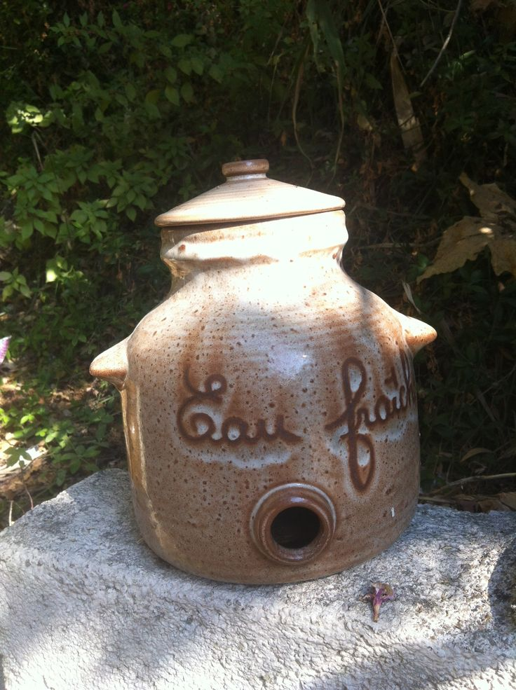 An old water pot - decorations are starting