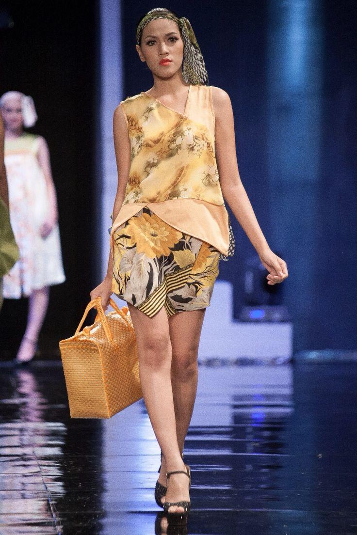 4th look  WANDERLUST: a sweet escape  For Jogja Fashion Week 2014