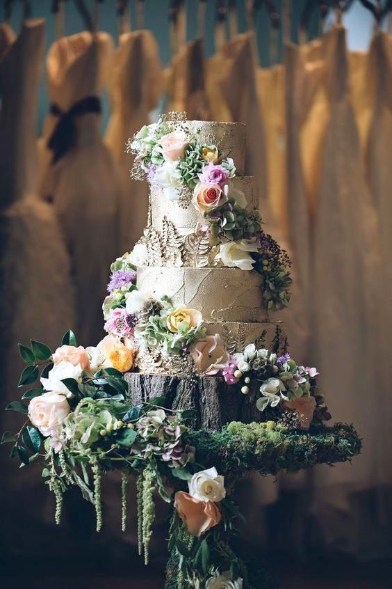 Straight out of a fairytale, this cake is perfect for an enchanted forest wedding.