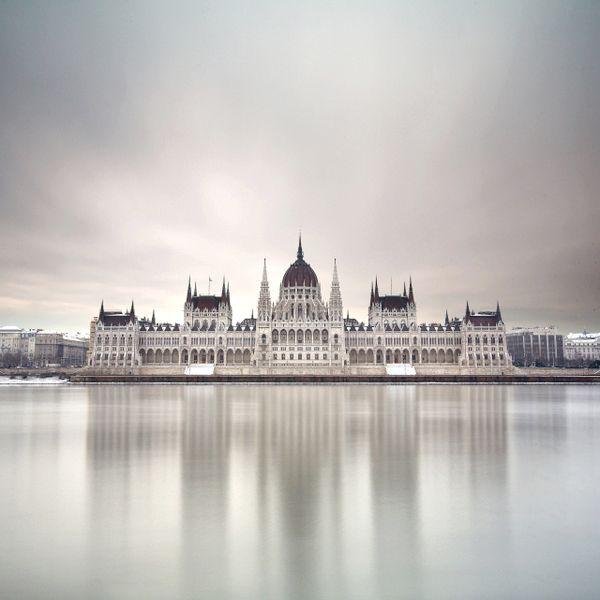 PETER ZEGLIS - Budapest