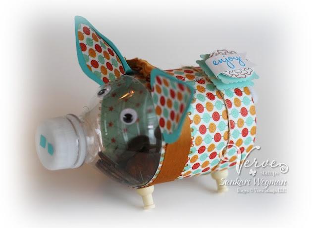 This piggy bank is too cute!  Original idea from Martha Stewart....this version by S. Wegman: Diy Crafts Ideas, Diy Piggies, Tooo Funny, Verve Stamps, Piggies Banks, Cute Piggies, Crafts Diy, April Divas, Water Bottles