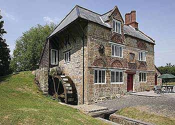 The Mill, llminster: http://www.cottages.co.uk/prop_page.php?id=99=2