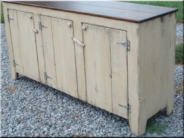 Shabby chic bútor, felújított hűtőszekrény