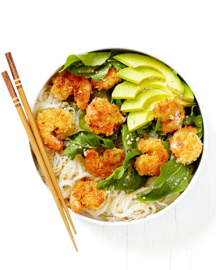 These caesar shrimp and avocado noodle bowls, which are ideal for a quick and easy weeknight meal or dinner, are inspired by the ease and versatility of noodle bowls, with the tangy lemon and Parmesan flavor combo you get from a bold Caesar dressing. This recipe is a real crowd pleaser!