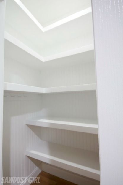 White Shelves Office