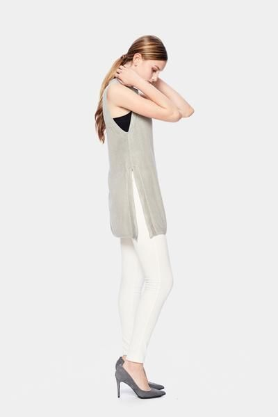 Munin Sleeveless Sweater - Ethical + Sustainable Fashion. – SiiZU
