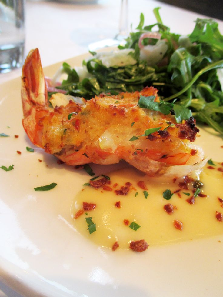 Cutters Crabhouse in Seattle, WA! http://thecookingcao.blogspot.com/2014/04/sampling-seattle-gourmet-seattle-tour.html