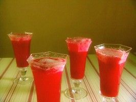 Raspberry Bellini : Recipes : Cooking Channel