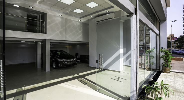 TOYOTA SHOWROOM @ AGHAKHAN- CAIRO- EGYPT • Renovation of Toyota Showroom & Administrative Upper Floor. • Being able to maintain Toyota Company Image (CI) in such a small area.