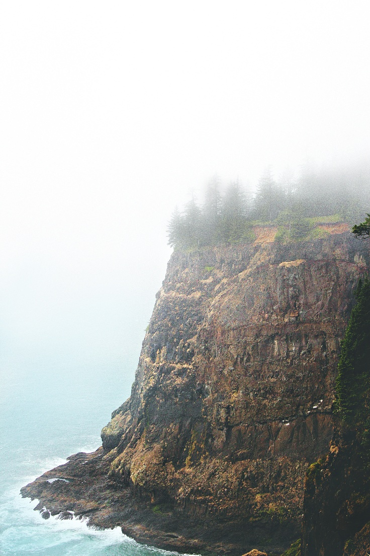 """Oregon cliff---Hm-m-m, reminds me of the old high-school line: """"I live on a cliff...Drop over sometime...."""""""