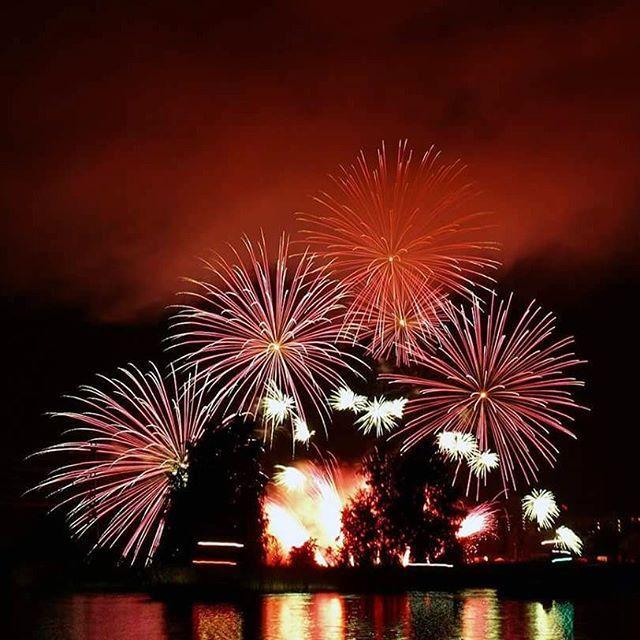 #fireworks #celebration #sky #photography #justluck #tattisphotos
