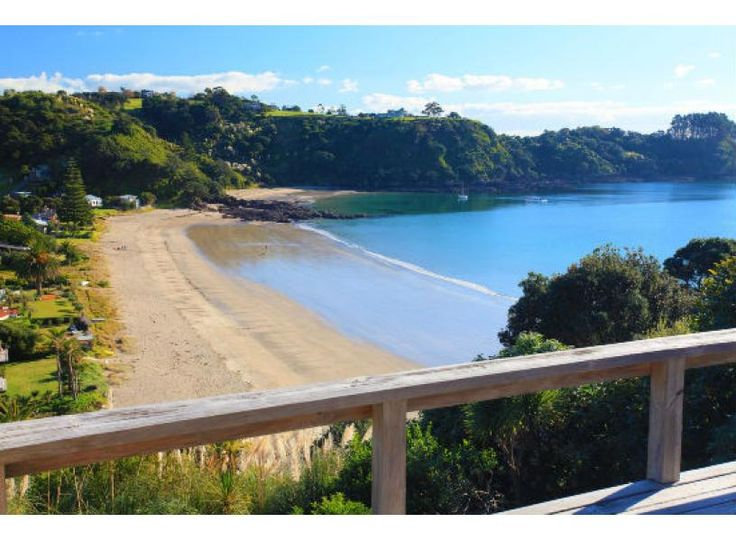 Palm Beach Lookout | be My Guest Waiheke - great bach overlooking Palm Beach