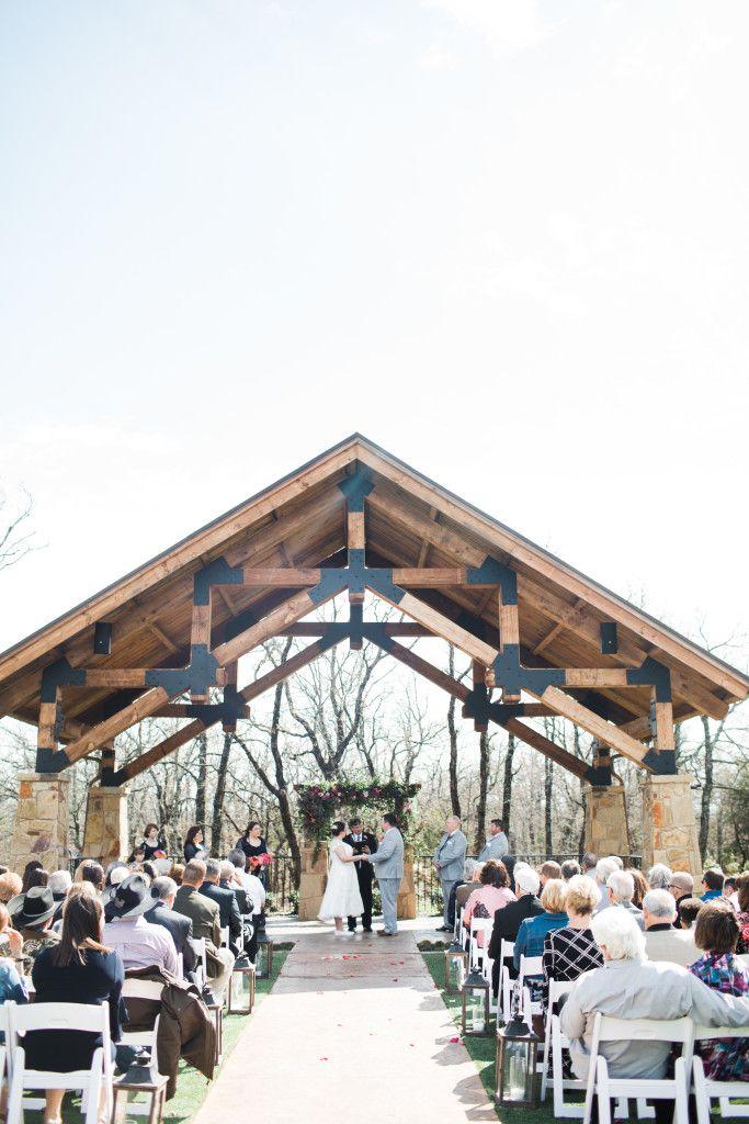 Lodge Wedding Venue In Denton Texas Dallas Wedding Venues