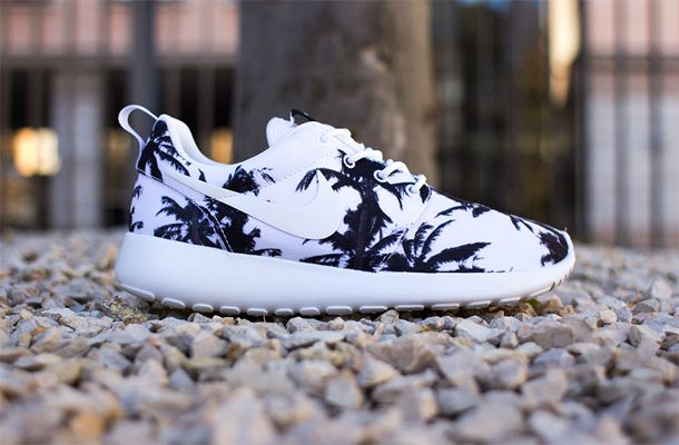We've seen our fair share of floral Roshe Run sneakers and know how popular they've become when it comes to custom Roshes. What if, instead of flowers, ...
