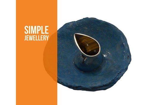 Μοναδικές δημιουργίες για μοναδικές γυναίκες! Αποκτήστε τώρα αυτό το χειροποίητο δακτυλίδι με 1 πέτρα μάτι τίγρη σε σχήμα σταγόνας. Μόνο από το Simplejewellerly: goo.gl/m9q1qx