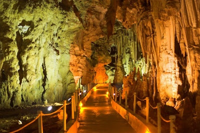 Greece's Caves A Tourist Lure | Promote Greece