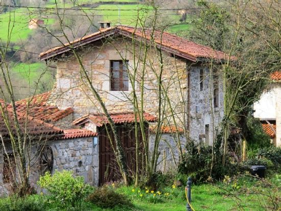 Casa rural Aldea Pisón de Fondón, Asturias #casa #Toprural #ruralidad #campo #naturaleza #desconexion #familia