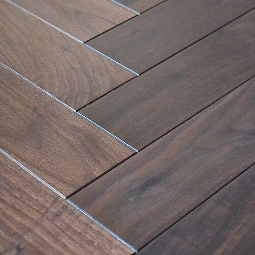 17 best images about herringbone chevron parquet wood for Chevron laminate flooring