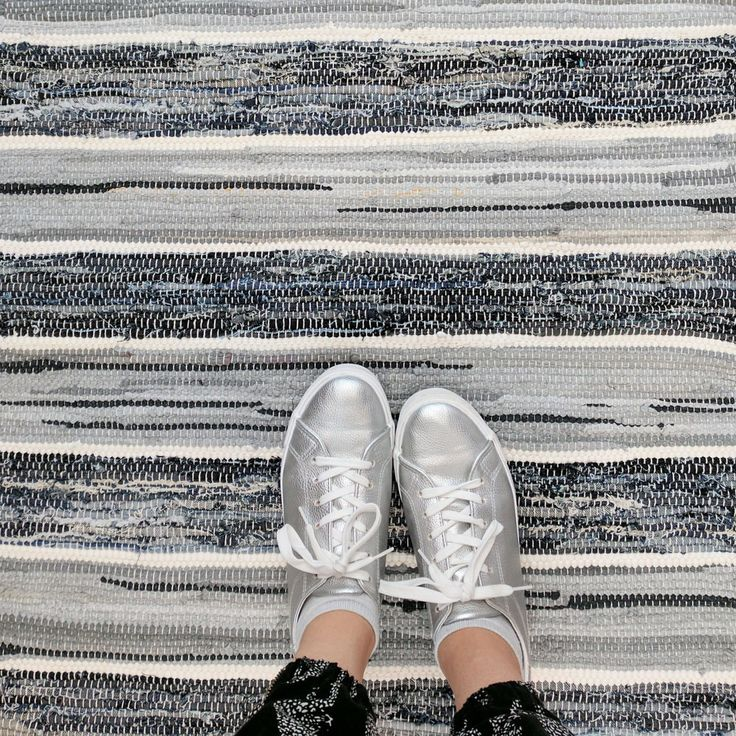 LUDVIG blue grey and white striped rag rug from Skandihome. Follow us on Instagram @skandihome and visit our etsy shop!