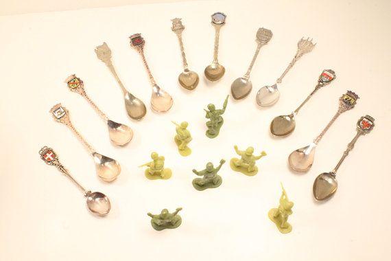 Collector Spoons small spoons teaspoons by ClockworkRummage, $10.00