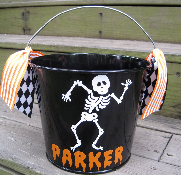 personalized halloween bucket - Personalized Halloween Decorations