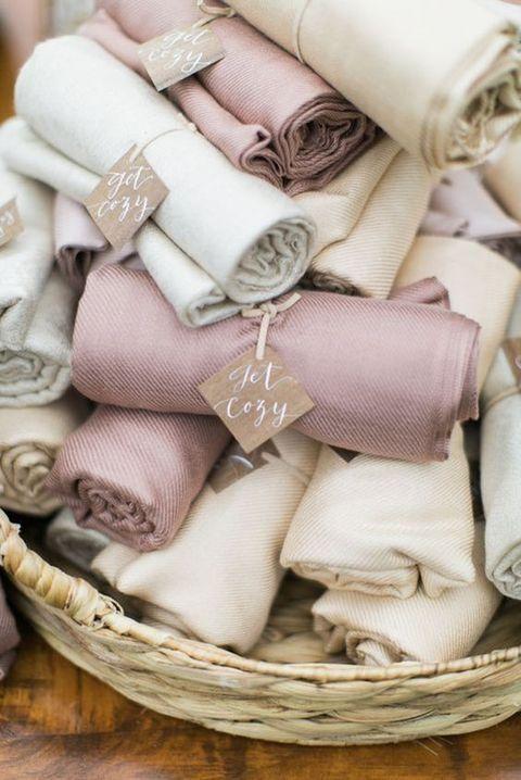 52 Chic Neutral Fall Wedding Ideas | HappyWedd.com