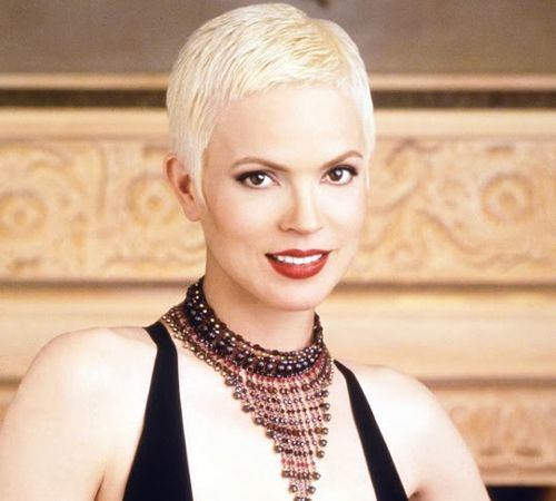 """Former Miss America Elizabeth Gracen steps into the spotlight as she takes the lead in the latest installment the in the """"Highlander"""" saga, """"Highlander: The Raven."""" Description from geocities.ws. I searched for this on bing.com/images"""