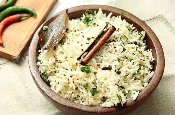 Riso pilaf speziato all'orientale - Il riso pilaf è indispensabile per servire moltissimi piatti della cucina orientale, che accompagna al p...
