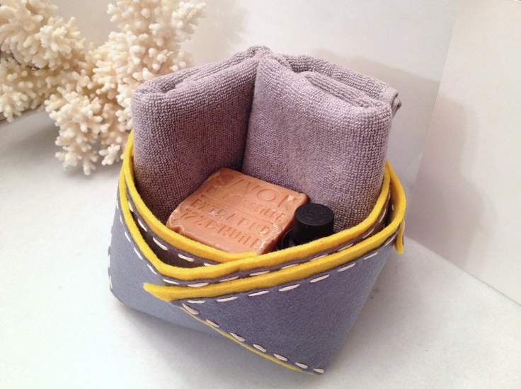 felt-made little basket