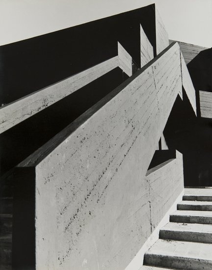 Mimmo Jodice (b. 1934) Untitled (Architecture), ca : Lot 186