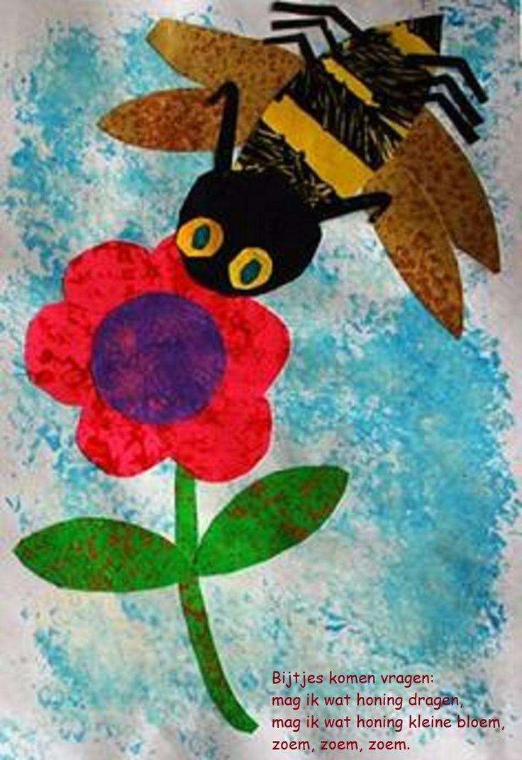 * Eerst blauwe lucht met een spons laten tamponneren, bijenlijfje van dik papier en vleugels ij en bloem van dun vloeipapier..