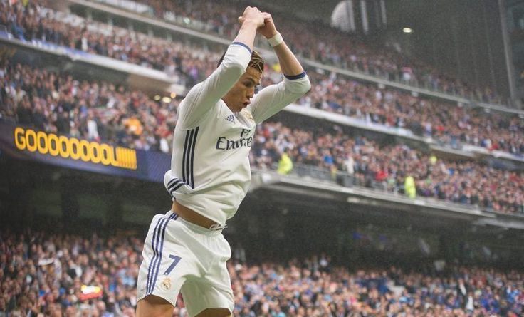 Cristiano Ronaldo sets European scoring record, Real Madrid wins to remain La Liga favorite