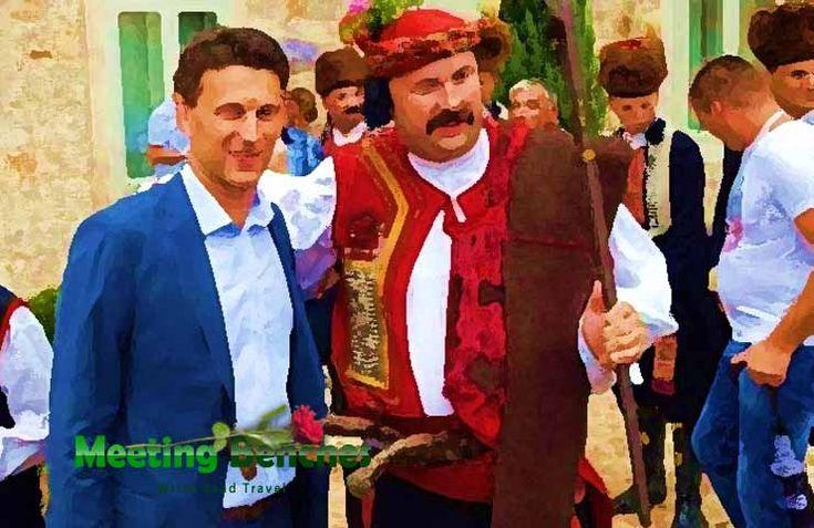 Visitando la Croazia, non dovrai mai dimenticare che la musica popolare di questa nazione è sempre stata la radice di ogni attività compositiva. Ogni nazione ha la sua musica popolare, ma alcuni autori (come il bosniaco Goran Bregović), sono apprezzati in tutta l'area balcanica. Non puoi conoscere i popoli balcanici se non hai mai ascoltata ...