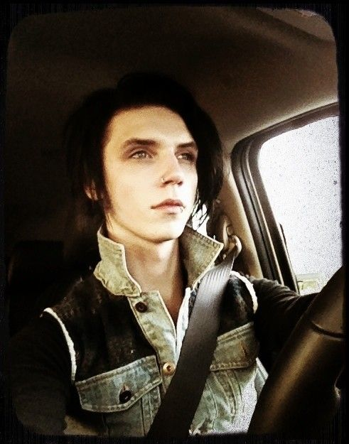 Andy in a car WOW I love cars and I love Andy 100% more