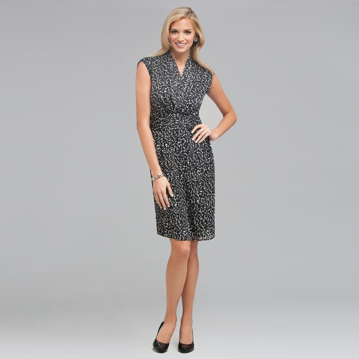 Luxury Women With 40 Plus Age Are Really Conscious About Their Look And Dresses When They Need To Attend The PartyEvening Dresses For Women Over 40is The Collection At Store Of Ericdress Designed For Such Women Each Dress In The